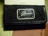 GUESS Ladies Slim Clutch wallet AUTHENTIC