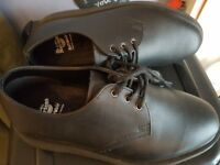 DOC MARTIN BLACK SHOES