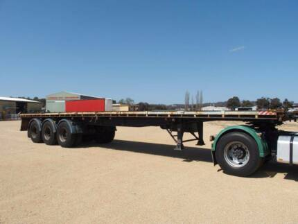 Lusty Allison ST3 Tri-Axle Flat Top Semi Trailer. Container Pins