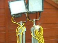 A pair of 110 site lights
