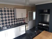 Two Double bedroom flat Canton
