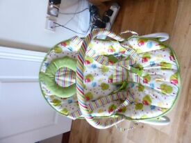 Baby Bouncy Chair with toy bar