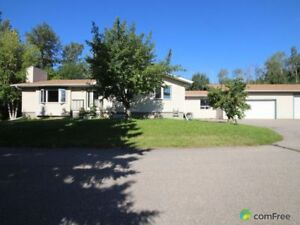 $560,000 - Bungalow for sale in Spruce Grove