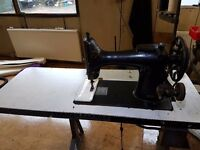 Singer 132K7 sewing machine
