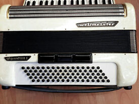 WELTMEISTER ACCORDION, 3 VOICE,3 Couplers, 80 BASS, LIGHTweight, 34 KEYS, CASE , EXCELLENT CONDITION