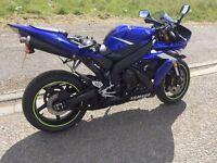 Yamah R1 1000cc very standard bike