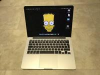 MacBook Pro Retina 13 Late 2013 i5 256gb Brilliant Condition