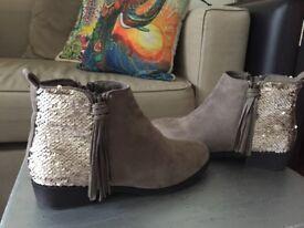 4 x Ladies Shoes (Kurt Geiger)