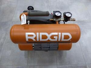 Compresseur RIDGID 4 Gallons