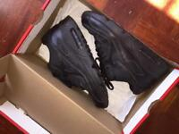 Air max 90 (great condition in box!!!)