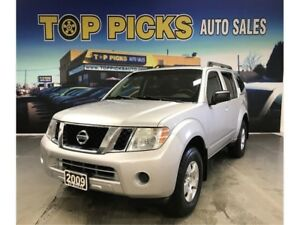 2009 Nissan Pathfinder LOW LOW MILEAGE & VERY CLEAN 7 PASSENGER!