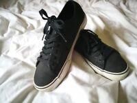 Vans Shoes Trainers UK8 EU42