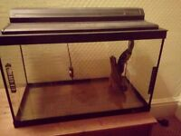 Fish tank for sale repairs on lid