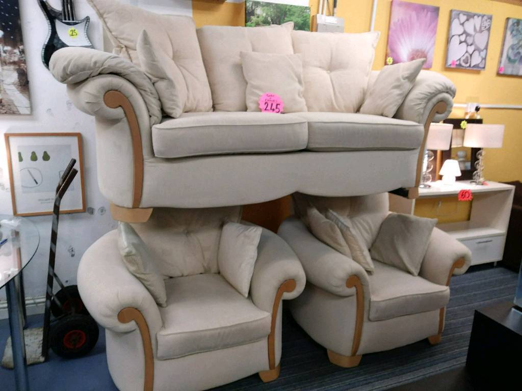 Lovely condition fabric suite with curved armchairs