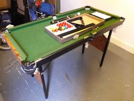 Folding 4ft X 2ft Snooker/Pool table