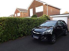 Hyundai 1.7 CRDi Premium 5door Manual Black. Leather heated seats. Rear park camera, satnav. £10,995
