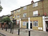 1 bedroom flat in Windmill Road, Brentford, TW8