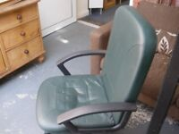 GREEN OFFICE-STYLE CHAIR