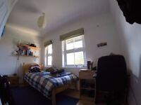 Single room available in 3 bedroom house, Florence Park, Cowley sharing with one other