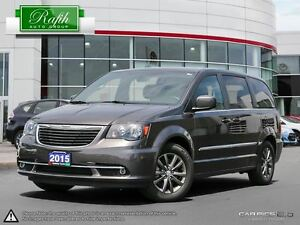 2015 Chrysler Town & Country -
