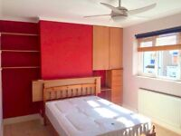 FULLY FURNISHED MASTER BEDROOM IN TOWN CENTRE FOR RENT-£450 PM ONLY-ALL BILLS INC.