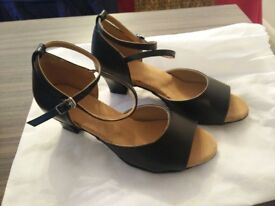 Ladies Latin Dance Shoes - Brand New unworn, size Euro 38, UK 5-5½