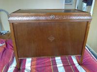 Wooden Ottoman / linen box