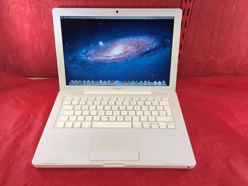 "Apple MacBook A1181 13.3"", 2008, 320GB, Core 2 Duo Processor, 4GB RAM +WARRANTY, NO OFFERS, L127"