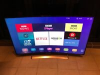 HISENSE 55 INCH CURVED 4K ULTRA HD SMART LED TV. EXCELLENT CONDITION. CAN DELIVER
