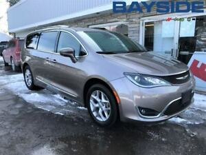 2018 Chrysler Pacifica Touring L Plus | NAV | BLUETOOTH