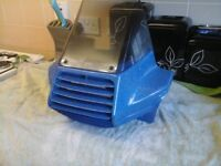 Vesper super Gordon driver screen , proper armandos 80,s screen , no cracks or damage inc brackets