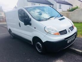 Mint Renault traffic van with full psv & Brand new tyres,