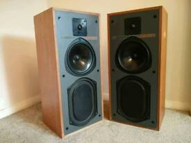 Speakers KEF Carlton 2
