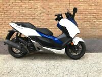 2017 Honda Forza NSS125, heated grips, Honda mobile holder with usb