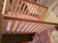 Argos 2 tone cot and draw