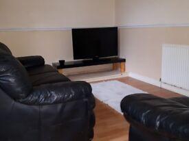Spacious Room in Flat-Share Available Near Lark Lane/Sefton Park.
