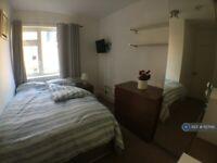 1 bedroom in East Ferry Road, London, E14 (#1127145)