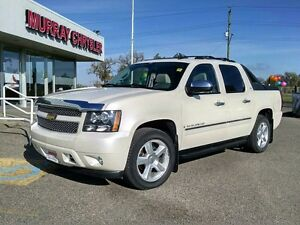 2009 Chevrolet Avalanche Crew Cab LTZ 4WD *Nav* *DVD* *Heated/Ve