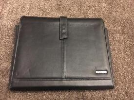 Leather Sony Vaio laptop case magnetic closing