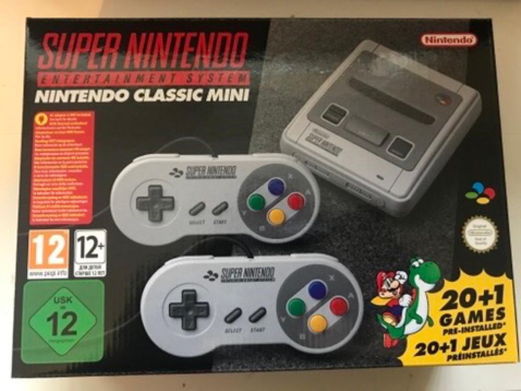 Nintendo Mini SNES - NEW/UNSUED - Christmas?! | in London | Gumtree