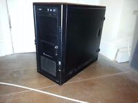 QUAD CORE WORKSTATION BASE 2.83GHZ / 500GB / 8GB / GeForce 9800 GX2 / WIN 8.1