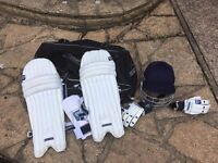 Fearnley youth cricket Set with bag, helmet, pads, arm guard and gloves barely used.