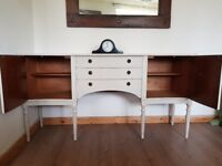 Vintage Regency Serpentine sideboard. Long/slim bow fronted. Putty shabby chic. LOCAL DELIVERY.