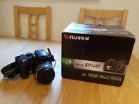 Fujifilm FinePix S9500 9.0MP Digital Camera - Black (w/ 28-300mm Lens). Just £95