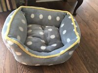 Lovely soft small dog/puppy bed.