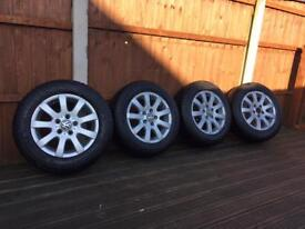 Winter tyres with rims and alloys