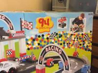 Car racing track from toysrus cost £25