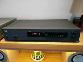 NAD 4100 am/fm digital tuner with original box