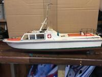 Rc sports fishing boat