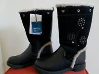 Girls Size11UK black boots